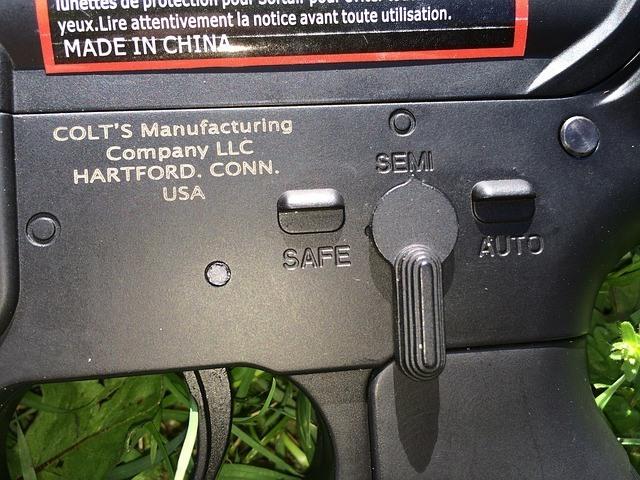 gun-502170_640